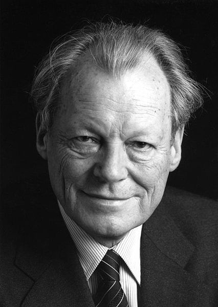 426px Bundesarchiv B 145 Bild F057884 0009 Willy Brandt